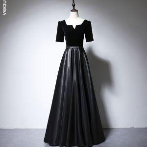 Chic / Beautiful Black Suede Satin Evening Dresses 2020 A-Line / Princess Square Neckline Short Sleeve Sash Floor-Length / Long Ruffle Backless Formal Dresses