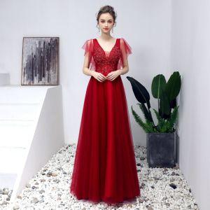 Piękne Burgund Sukienki Na Bal 2019 Princessa V-Szyja Frezowanie Kryształ Z Koronki Kwiat Kótkie Rękawy Bez Pleców Długie Sukienki Wizytowe