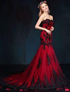 Meerjungfrau Abendkleid 2017 Rote Und Schwarze Spitze Trägerloses Festliche Kleider