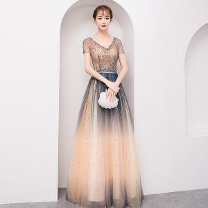 Scintillantes Bling Bling Multi-Couleurs Longue Robe De Soirée 2018 Princesse V-Cou Tulle Dos Nu Perlage Paillettes Soirée Robe De Ceremonie