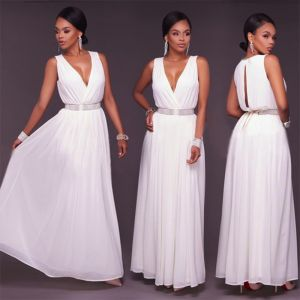 Sexy White Chiffon Maxi Dresses 2018 Empire V-Neck Sleeveless Rhinestone Sash Floor-Length / Long Ruffle Womens Clothing