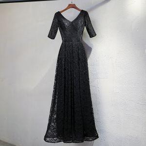 Schöne Schwarz Abendkleider 2017 A Linie Spitze V-Ausschnitt Rückenfreies 1/2 Ärmel Knöchellänge Festliche Kleider