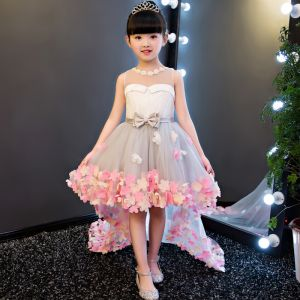Chic / Beautiful Grey See-through Flower Girl Dresses 2018 A-Line / Princess Beading Pearl Scoop Neck Sleeveless Appliques Flower Bow Sash Asymmetrical Ruffle Backless Wedding Party Dresses