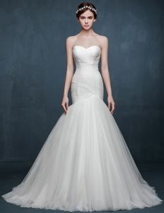 2015 Winter Fashion Simple Lady Temperament Fishtail Bridal Trailing Wedding Dress
