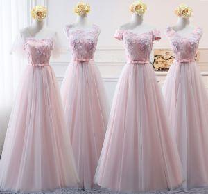 Mooie / Prachtige Blozen Roze Bruidsmeisjes Jurken 2018 A lijn Appliques Strik Kant Ruglooze Lange Jurken Voor Bruiloft
