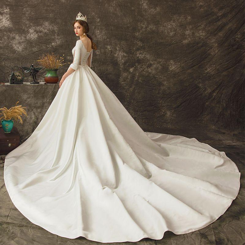 Vintage Kość Słoniowa Przezroczyste Suknie Ślubne 2019 Princessa Wycięciem 3/4 Rękawy Bez Pleców Trenem Katedra Wzburzyć