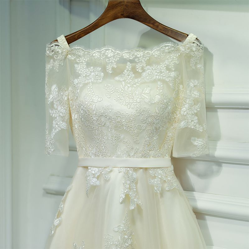 Modest / Simple Champagne Wedding Party Dresses 2017 Lace Flower Strappy Square Neckline Short 1/2 Sleeves A-Line / Princess Bridesmaid Dresses