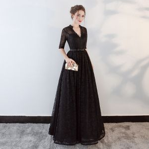 Modern / Fashion Black Evening Dresses  2018 A-Line / Princess Beading Bow Lace V-Neck Backless Pierced 1/2 Sleeves Floor-Length / Long Formal Dresses