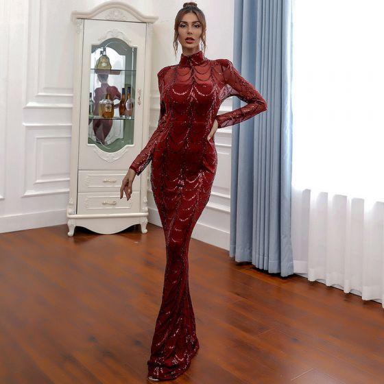 Seksowne Burgund Przezroczyste Sukienki Wieczorowe 2020 Syrena / Rozkloszowane Wysokiej Szyi Długie Rękawy Cekiny Trenem Sweep Sukienki Wizytowe