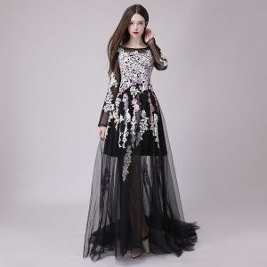Affordable Black See-through Summer Prom Dresses 2018 A-Line / Princess Appliques Lace Scoop Neck Long Sleeve Court Train Ruffle Formal Dresses