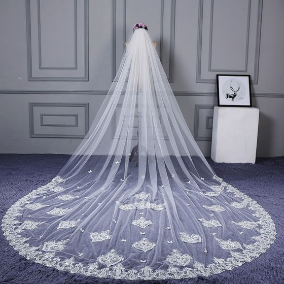 Flower Fairy White Tulle Cathedral Train Wedding Appliques Butterfly Beading Wedding Veils 2018