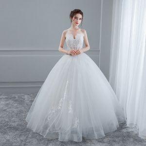 Sexy Weiß Brautkleider 2018 Ballkleid Mit Spitze Blumen Herz-Ausschnitt Rückenfreies Ärmellos Lange Hochzeit