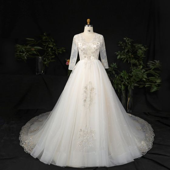 Luxury / Gorgeous Champagne Plus Size Ball Gown Wedding Dresses 2021 Lace V-Neck Short Sleeve Handmade  Appliques Backless Sequins Chapel Train Wedding