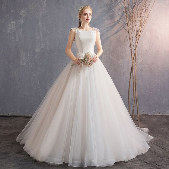 Elegant Ivory Wedding Dresses 2019 A-Line / Princess Lace Appliques Beading Sequins Scoop Neck Sleeveless Backless Court Train