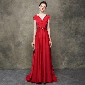 High End Rot Abendkleider 2020 A Linie Durchsichtige Rundhalsausschnitt Kurze Ärmel Perlenstickerei Sweep / Pinsel Zug Rüschen Rückenfreies Festliche Kleider