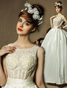 2015 Fashion & Elegant Scoop Neck Beading Lace Taffeta Ball Gown Wedding Dress