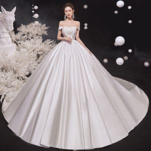 High-end Ivory Satin Wedding Dresses 2020 Ball Gown Off-The-Shoulder Pearl Lace Flower Sleeveless Backless Cathedral Train