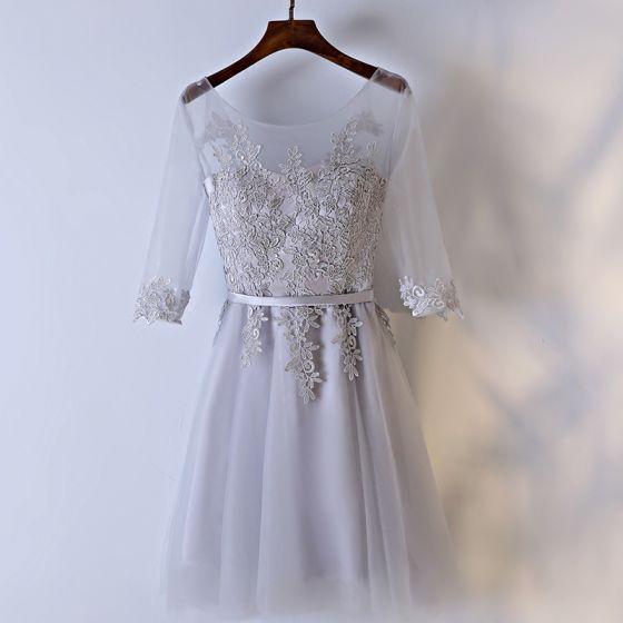 Chic / Belle Argenté Robe Pour Mariage Robe Demoiselle D'honneur 2017 En Dentelle Fleur Lanières Dos Nu Encolure Dégagée 3/4 Manches Princesse Courte