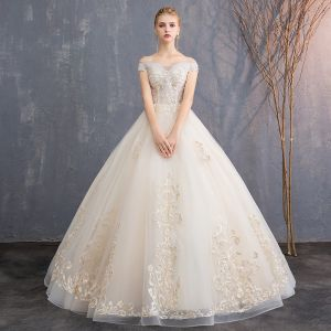 Affordable Champagne Wedding Dresses 2019 A-Line / Princess Off-The-Shoulder Short Sleeve Backless Appliques Lace Beading Floor-Length / Long Ruffle