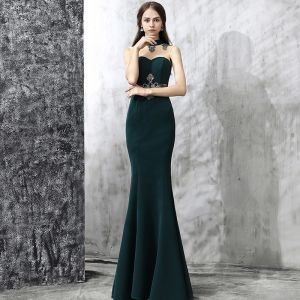 Vintage Dark Green Evening Dresses  2017 Trumpet / Mermaid High Neck Sleeveless Appliques Lace Rhinestone Floor-Length / Long Ruffle Backless Pierced Formal Dresses