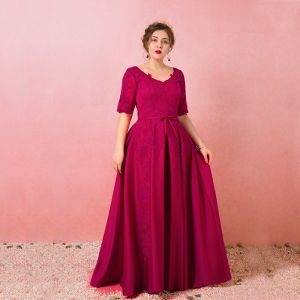 Modest / Simple Burgundy Plus Size Evening Dresses  2018 A-Line / Princess 1/2 Sleeves Lace Tulle U-Neck Appliques Backless Evening Party Formal Dresses