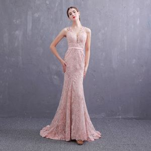 Best Pearl Pink See-through Evening Dresses  2019 Trumpet / Mermaid Deep V-Neck Sleeveless Sash Appliques Lace Pearl Sweep Train Ruffle Formal Dresses