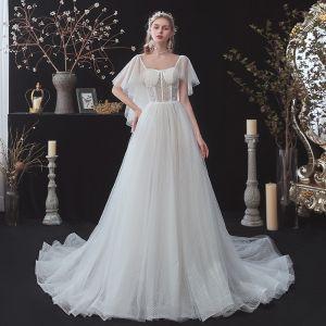 Abordable Blanche Transparentes La Mariée Robe De Mariée 2020 Princesse Encolure Carrée Manches Courtes Dos Nu Tachetée Tulle Tribunal Train Volants