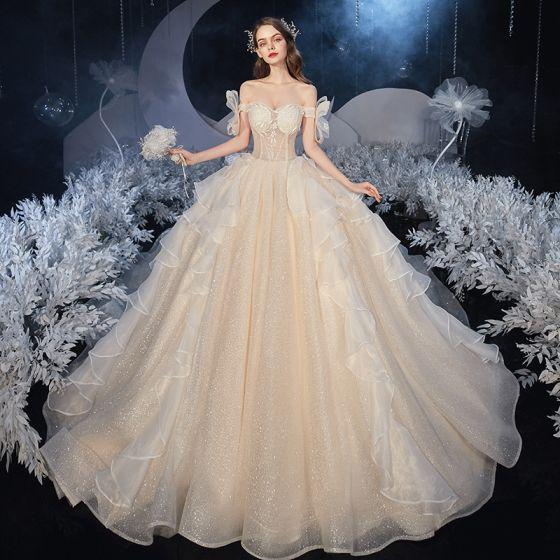 Bäst Champagne Brud Bröllopsklänningar 2020 Balklänning Av Axeln Korta ärm Halterneck Glittriga / Glitter Tyll Cathedral Train Ruffle
