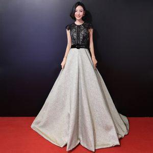 Moderne / Mode Princesse Vert Cendré Robe De Soirée 2018 Encolure Dégagée Lacer Impression Tribunal Train Tulle Soirée Robe De Bal