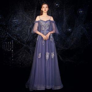 Eleganta Ocean Blå Aftonklänningar 2019 Prinsessa Spaghettiband Bell ärmar Appliqués Spets Beading Långa Halterneck Ruffle Formella Klänningar