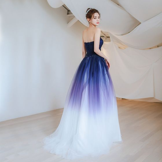 Elegant Navy Blue Gradient-Color Evening Dresses  2018 A-Line / Princess Sweetheart Sleeveless Appliques Lace Beading Sweep Train Ruffle Backless Formal Dresses