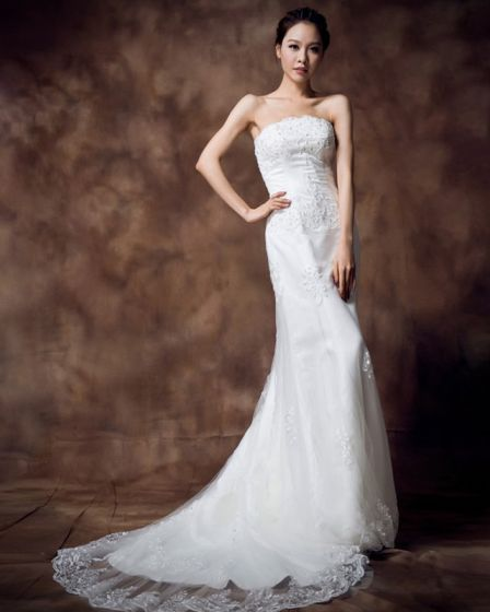 Strapless Rhinestone Embroidery Floor Length Satin Empire Wedding Dress