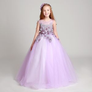 Chic / Beautiful Lilac Flower Girl Dresses 2017 Ball Gown Pearl Scoop Neck Sleeveless Lace Appliques Flower Floor-Length / Long Ruffle Wedding Party Dresses