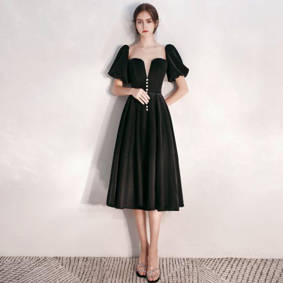 Fashion Black Suede Homecoming Graduation Dresses 2020 A-Line / Princess Square Neckline Puffy Short Sleeve Tea-length Ruffle Backless Formal Dresses