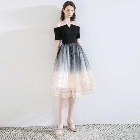 Moda Czarne Homecoming Sukienki Na Studniówke 2020 Princessa Przy Ramieniu Kokarda Gwiazda Cekiny Kótkie Rękawy Bez Pleców Długość do kolan Sukienki Wizytowe