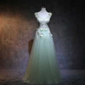 Elegant Sage Green Prom Dresses 2018 A-Line / Princess V-Neck Sleeveless Butterfly Appliques Lace Beading Floor-Length / Long Ruffle Backless Formal Dresses
