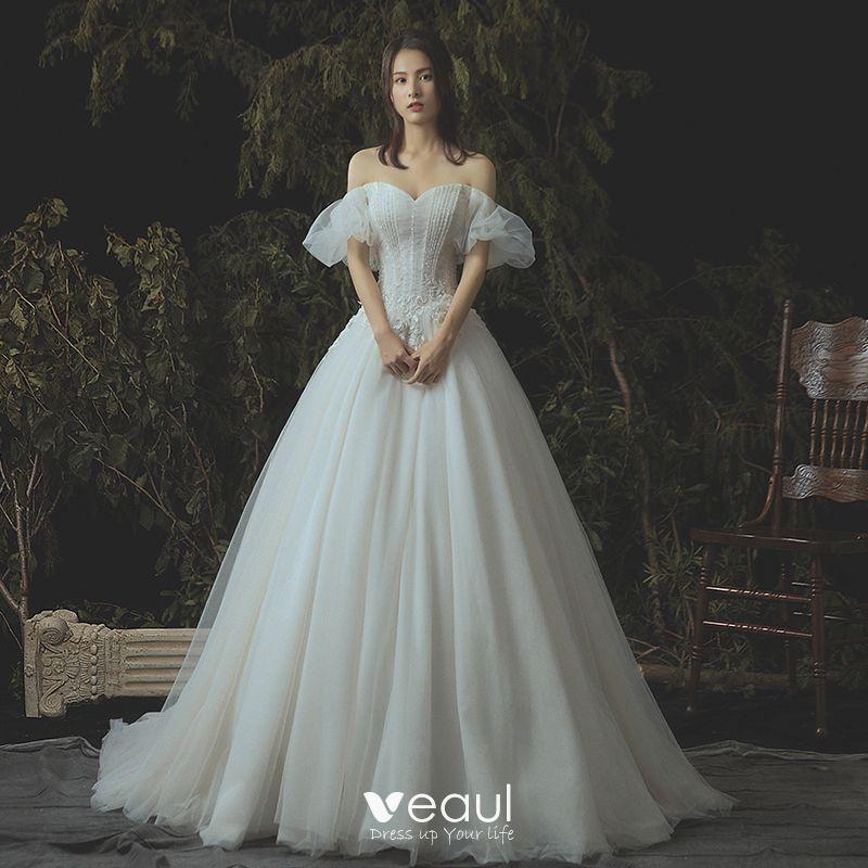 corset wedding dress