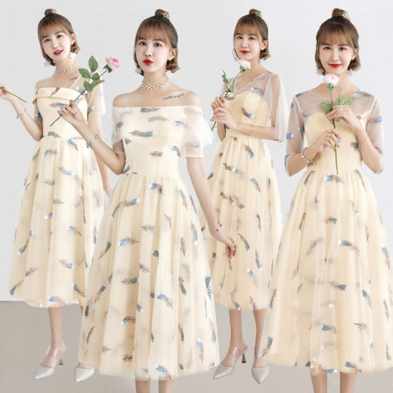 Lovely Champagne Bridesmaid Dresses 2019 A-Line / Princess Feather Appliques Lace Tea-length Ruffle Backless Wedding Party Dresses
