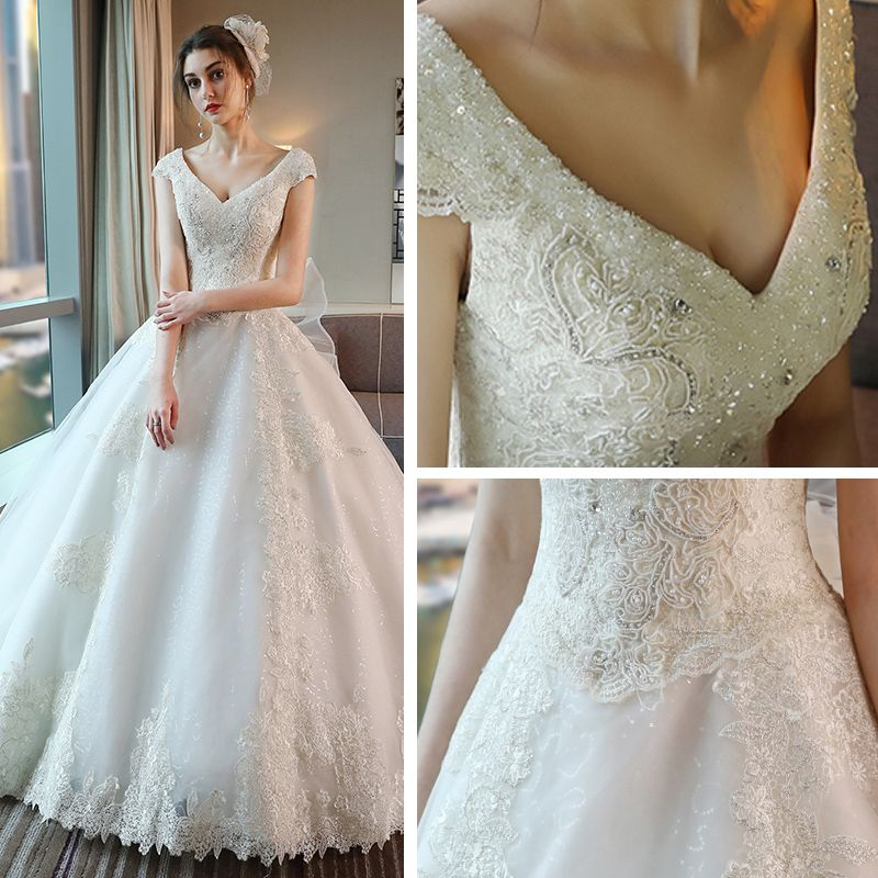 Luxury / Gorgeous Church Hall Wedding Dresses 2017 Lace Appliques Bow Sequins Rhinestone Pearl Backless V-Neck Sleeveless Cathedral Train White Ball Gown