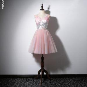 Lovely Candy Pink Cocktail Dresses 2020 A-Line / Princess V-Neck Sequins Sleeveless Backless Short Formal Dresses
