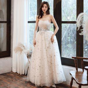 Mode Champagner Abendkleider 2020 A Linie Bandeau Perlenstickerei Star Spitze Blumen Ärmellos Rückenfreies Lange Festliche Kleider