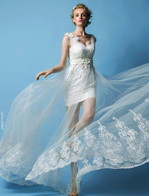 2015 A-line Shoulders Beading Handmade Flowers Beach Wedding Dress