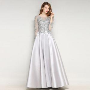 Schöne Grau Abendkleider 2017 A Linie U-Ausschnitt Charmeuse Applikationen Rückenfreies Perlenstickerei Handgefertigt Abend Festliche Kleider