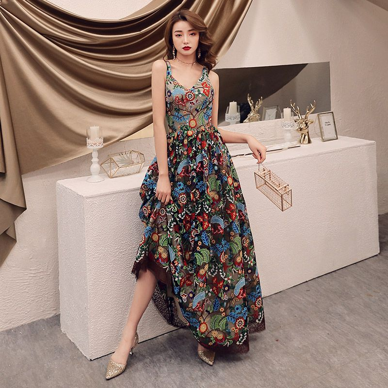 Colored Champagne Floral Prom Dresses 2019 A-Line / Princess Shoulders Sleeveless Appliques Lace Floor-Length / Long Ruffle Backless Formal Dresses