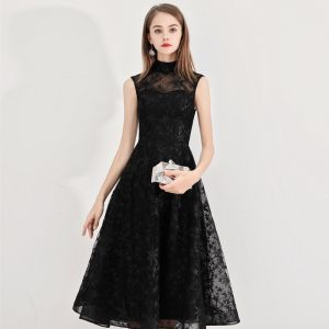 Modest / Simple Homecoming Little Black Dress 2020 A-Line / Princess High Neck Star Lace Sleeveless Knee-Length Graduation Dresses