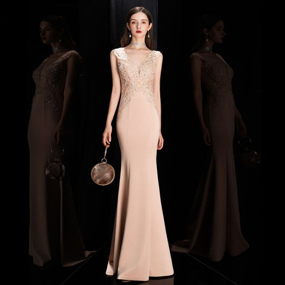 Elegant Beige Evening Dresses  2020 Trumpet / Mermaid See-through Deep V-Neck Sleeveless Appliques Lace Sweep Train Ruffle Formal Dresses