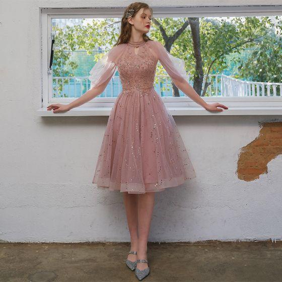 Chic / Beautiful Blushing Pink Homecoming Graduation Dresses 2021 A-Line / Princess Scoop Neck Beading Sequins Short Sleeve Tea-length Formal Dresses