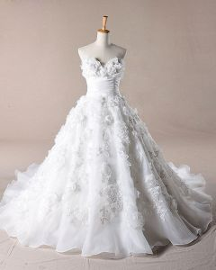 Sweet Ruffles Applique Sweetheart Organza A Line Wedding Dress