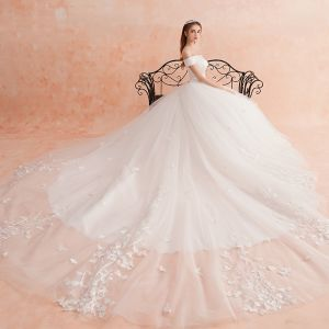 Modest / Simple Ivory Wedding Dresses 2019 A-Line / Princess Off-The-Shoulder Short Sleeve Backless Sash Appliques Lace Cathedral Train Ruffle