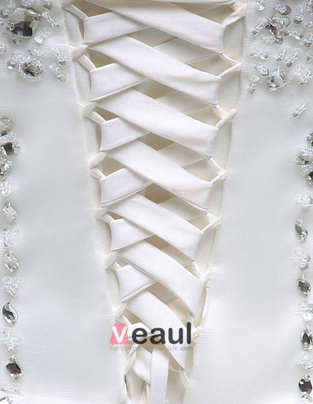 2015 A-linie Liebsten Handgefertigte Blütenblatt Organza 150cm Kathedrale Zug Brautkleid